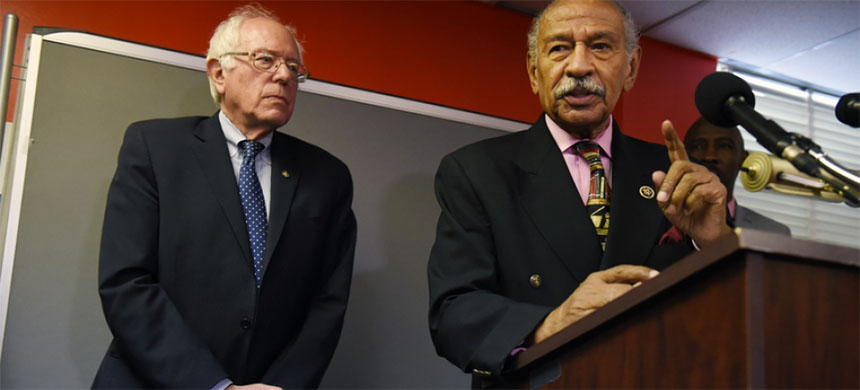 Bernie Sanders and Rep. John Conyers Jr. (photo: Matt McClain/WP)