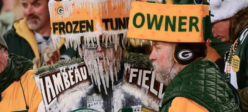 Green Bay Packers fans. (photo: Mike Morbeck/TheProgressive)