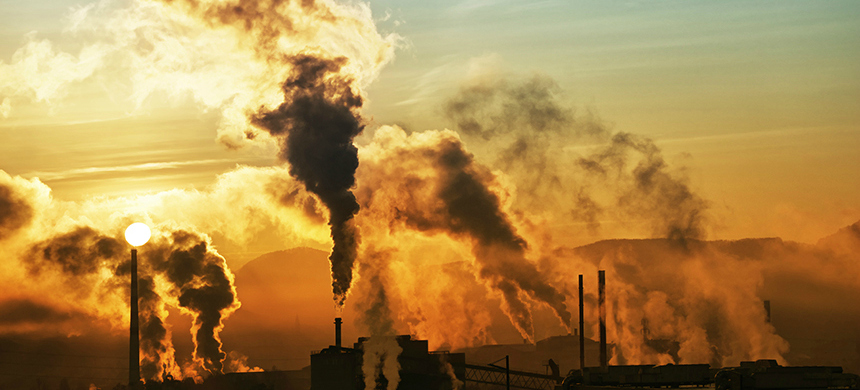 Pollution from a factory. (photo: Science Focus)