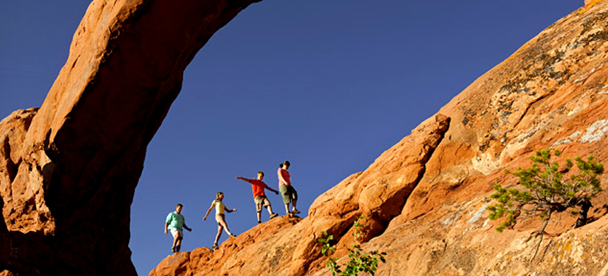 Hikers at Arches National Park. (photo: Discover Moab)