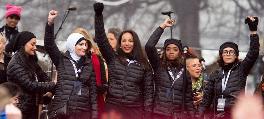 The Women's March, a giant, influential organization, has found itself in the emotional state of a tiny resistance cell, holding on against a hostile world. (photo: Noam Galai/WireImage/Getty Images)