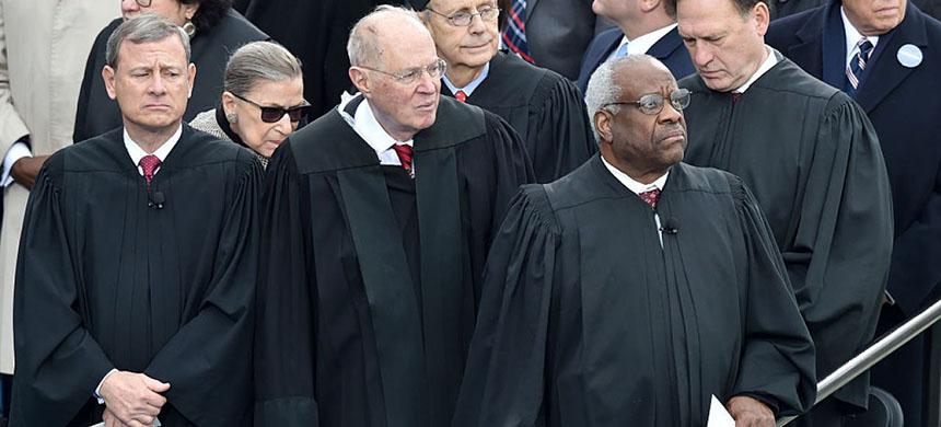 Members of SCOTUS. (photo: Getty Images)