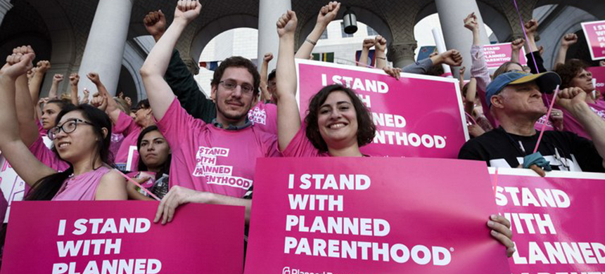 A Planned Parenthood rally. (photo: NurPhoto/Getty Images)