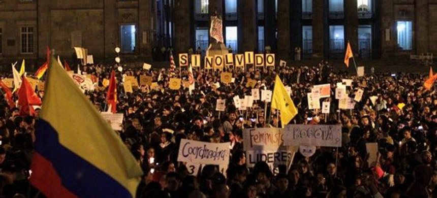 Colombians protest against the killing of social activists, in Bogota. (photo: Reuters)