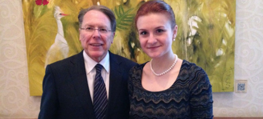 Maria Butina poses with NRA executive vice president and CEO Wayne LaPierre. (photo: Twitter)