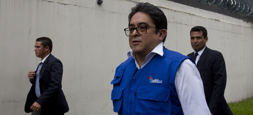 Guatemalan human rights prosecutor Jordan Rodas. (photo: AP)