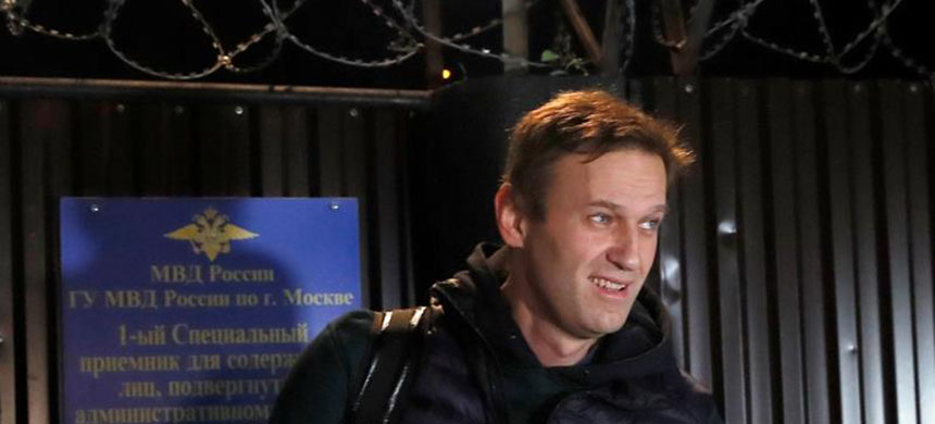Putin-critic Alexei Navalny spent 50 days behind bars for organising several protests. (photo: Maxim Shemetov/Reuters)