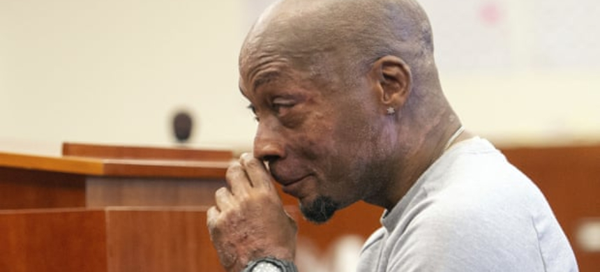 Dewayne 'Lee' Johnson reacts after hearing the verdict in his case against Monsanto. (photo: Josh Edelson/AP)