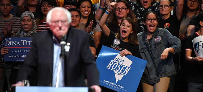 Supporters react as Senator Bernie Sanders speaks during a rally in Las Vegas, Nevada. (photo: Ethan Miller/Getty Images)