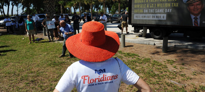 Floridians for a Fair Shake, an advocacy group, hosted a voter rally criticizing Representative Vern Buchanan in Bradenton, Fla. (photo: Sarah Beth Glicksteen/The New York Times)