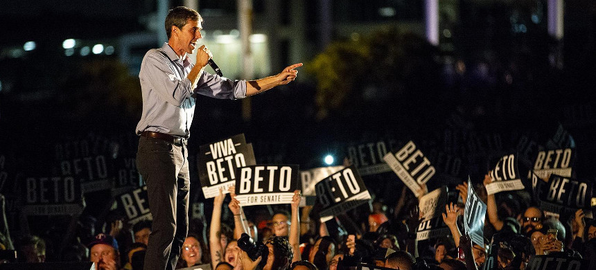 Democratic Senate candidate Beto O'Rourke has been drawing huge crowds. (photo: Getty)