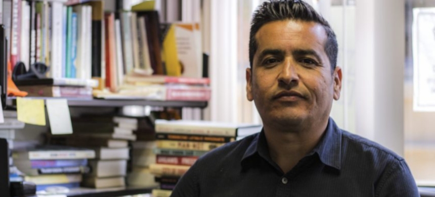 Diablo Valley College political science professor Albert Ponce has received threatening emails and phone calls. (photo: Brian Howey/Reveal)