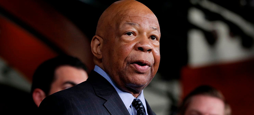 Rep. Elijah E. Cummings (D-Md.) speaks during a news conference on Capitol Hill in 2017. (photo: Alex Brandon/AP)