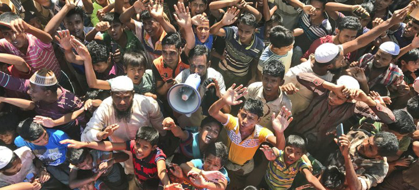 Rohingya refugees. (photo: Dar Yasin/AP)