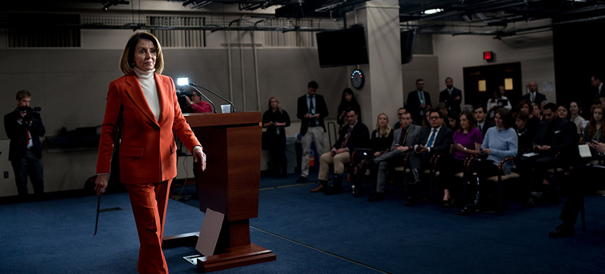 Representative Nancy Pelosi has been holding a series of private sessions to wear down her critics and win support from her detractors. (photo: Erin Schaff/NYT)