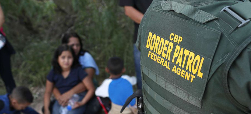 A Customs and Border Protection officer at the U.S. Mexico border. (photo: Getty Images)