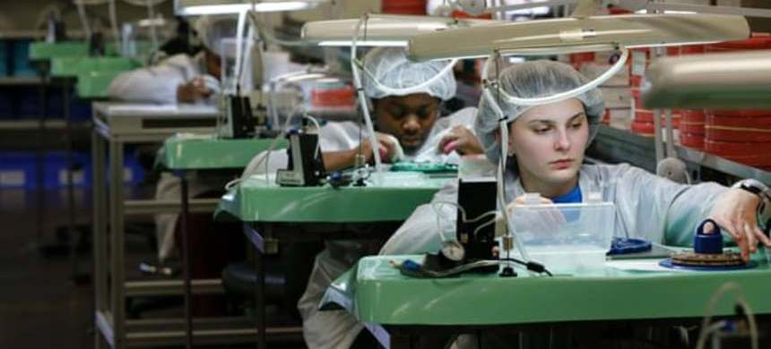 A watch factory in Detroit, Michigan. Low wage growth means many people are still living paycheck-to-paycheck. (photo: Jeff Kowalsky/Getty Images)