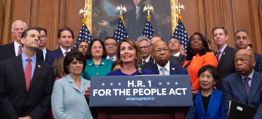 The bill, known as HR 1, passed by a vote of 234-193 Friday. (photo: Saul Loeb/Getty Images)