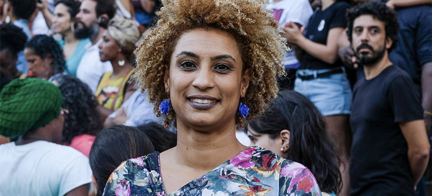 Rio de Janeiro Councilwoman Marielle Franco smiles for a photo in Cinelandia square on Jan. 9, 2018. Police in Brazil said on Tuesday that they have arrested two suspects in the killing of Franco. (photo: Ellis Rua/AP)