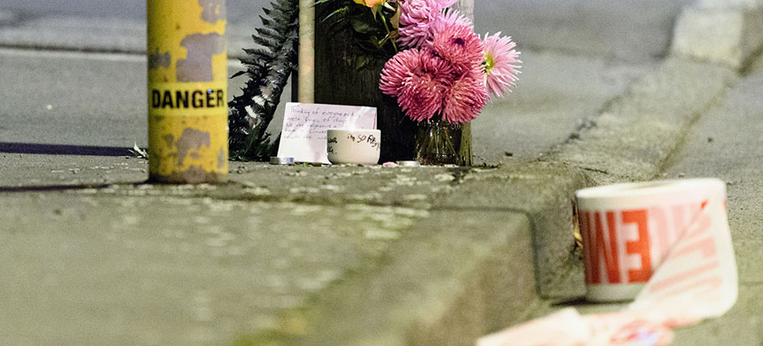 A memorial to the victims of the mass shooting in New Zealand. (photo: Getty Images)