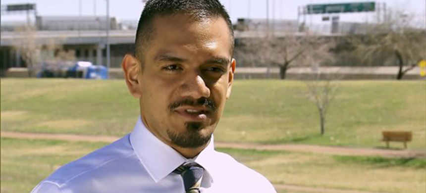 Hector Ruiz, staff attorney for Santa Fe Dreamers Project. (photo: NBC News)