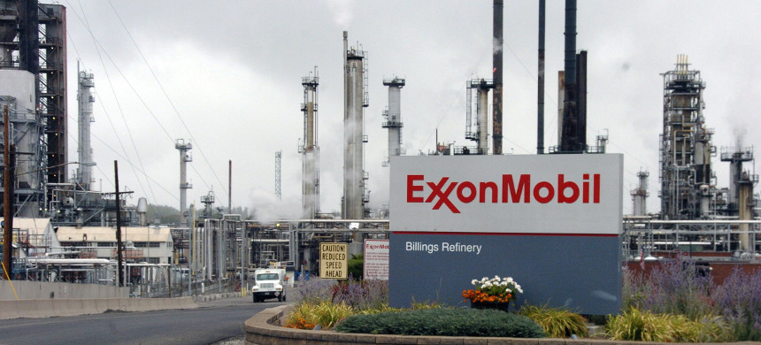 Exxon-Mobile oil refinery. (photo: Getty)