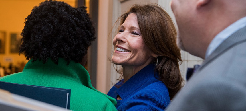 Newly elected chair of the Democratic Congressional Campaign Committee, Representative Cheri Bustos, arrives for the House Democrats' leadership elections in Washington, D.C., November 29, 2018. (photo: Tom Williams/CQ Roll Call/Getty Images)
