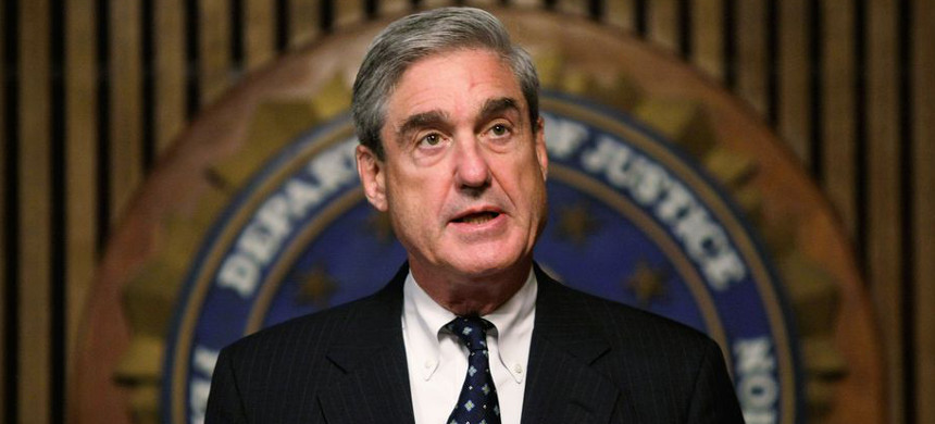Robert Mueller speaks at the FBI headquarters on June 25, 2008, in Washington, D.C. (photo: Alex Wong/Getty)