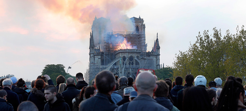 The fire at the Cathedral of Notre-Dame began about 6:30 p.m. Monday. (photo: Thibault Camus/AP)