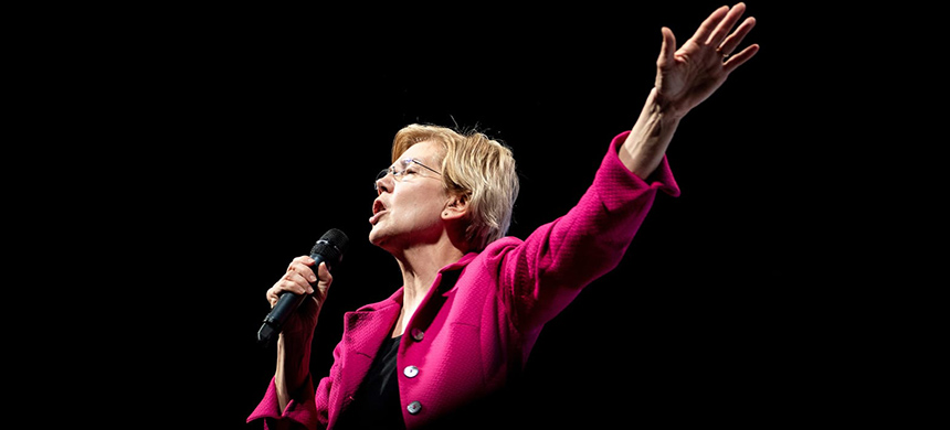 Elizabeth Warren. (photo: Brendan Smialowski/Getty Images)