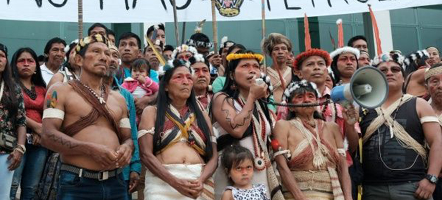 Waorani community attend court hearing. (photo: Facebook/Amazon Frontlines)