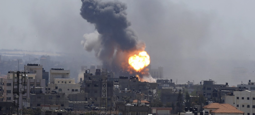 An Israeli airstrike hits Gaza City on May 4, 2019. (photo: Hatem Moussa/AP)