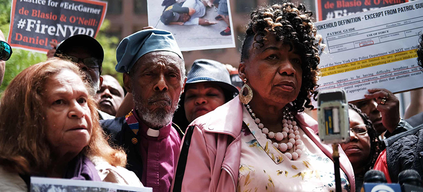 Gwen Carr, mother of Eric Garner, during a news conference outside of police headquarters in Manhattan to protest the disciplinary hearing for officer Daniel Pantaleo on 21 May. (photo: Spencer Platt/Getty Images)