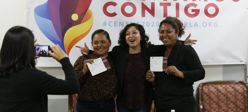 Diana Escamilla (center), an organizer with Coalition for Humane Immigrant Rights in Los Angeles. (photo: Damian Dorvarganes/AP)