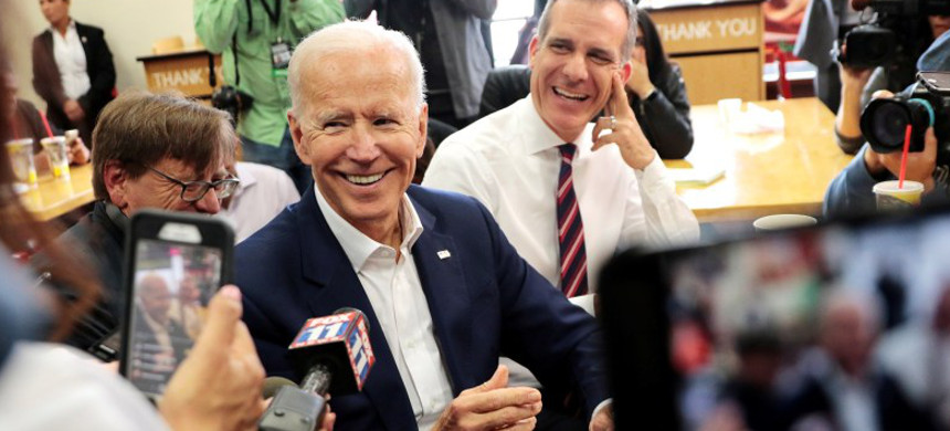 Joe Biden joins Los Angeles mayor Eric Garcetti at a campaign stop in Los Angeles, California, May 8, 2019. (photo: Kyle Grillot/Reuters)