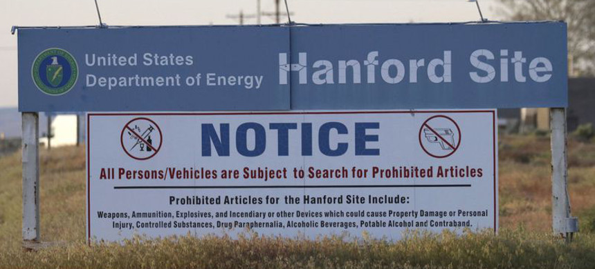 The most expensive cleanup site is at the Hanford Nuclear Reservation in Richland, Washington. (photo: Manuel Valdes/AP)