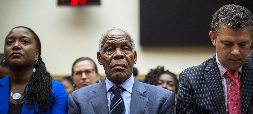 Actor and activist Danny Glover, middle, waits to testify about reparations for the descendants of American slavery during a hearing before the House Judiciary Subcommittee on June 19. (photo: Caroline Brehman/CQ Roll Call/Getty Images)