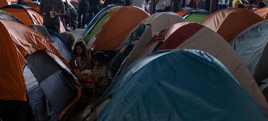 A migrant shelter. (photo: Getty Images)