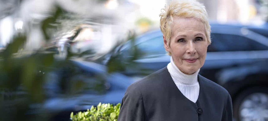 E. Jean Carroll in New York on Sunday. She told CNN: 'I want women to know I did not stand there, I did not freeze, I was not paralysed. No, I fought.' (photo: Craig Ruttle/AP)