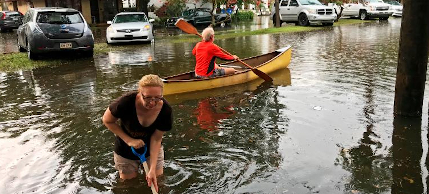 The Broadmoor neighborhood in New Orleans was flooded Wednesday. (photo: AP)