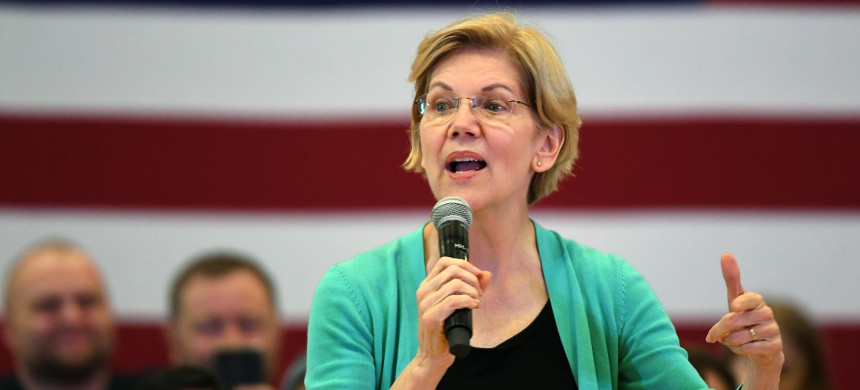 Many bankers view Elizabeth Warren as the safer presidential choice if the progressive wing wins out in the Democrats' internal war. (photo: Ethan Miller/Getty)