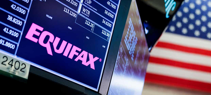 Equifax will also pay a $100 million civil penalty. (photo: Justin Lane/EPA)