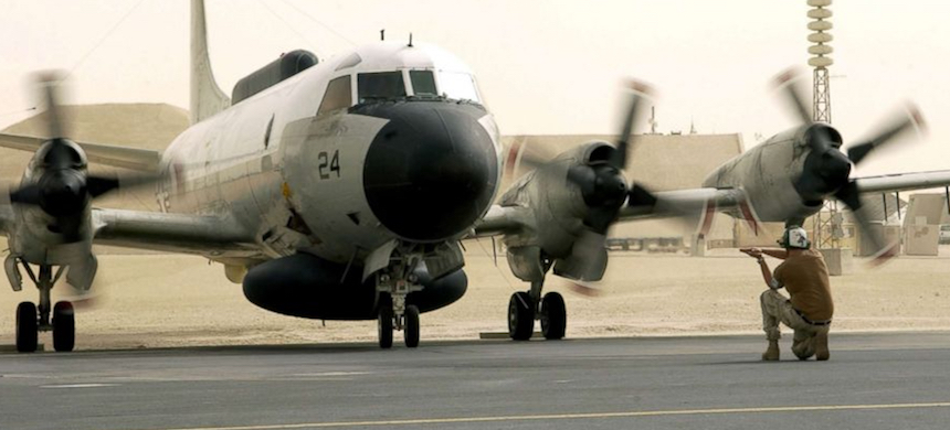 A U.S. Navy EP-3E Aries aircraft. (photo: Reuters)