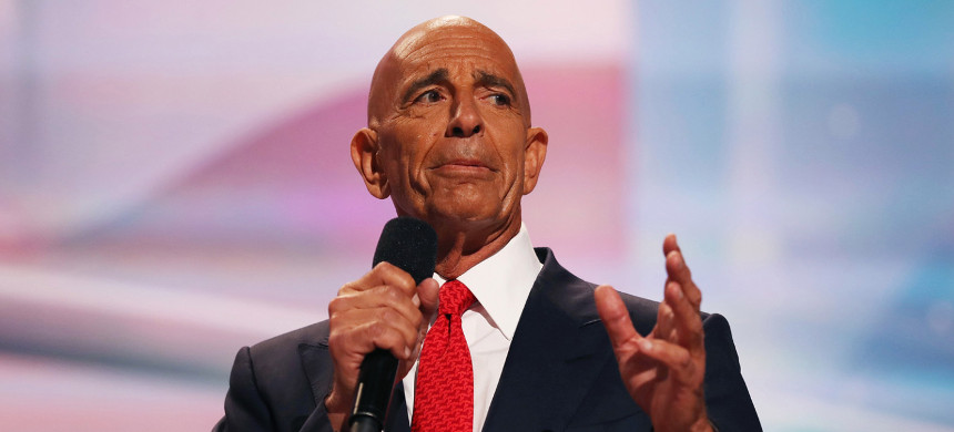Trump associate Thomas Barrack in 2016. The House Oversight Committee found that Barrack handed off a Trump energy speech to a United Arab Emirates contact for editing. (photo: John Moore/Getty)