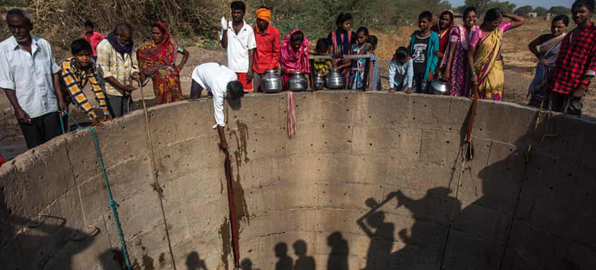 17 countries including India, home to 1.3 billion people, are identified as having 'extremely high' water stress. (photo: Pratik Chorge/Hindustan Times/Getty Images)