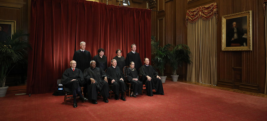 US Supreme Court justices pose for their official portrait on November 30, 2018 in Washington, DC. (photo: Chip Somodevilla/Getty Images)