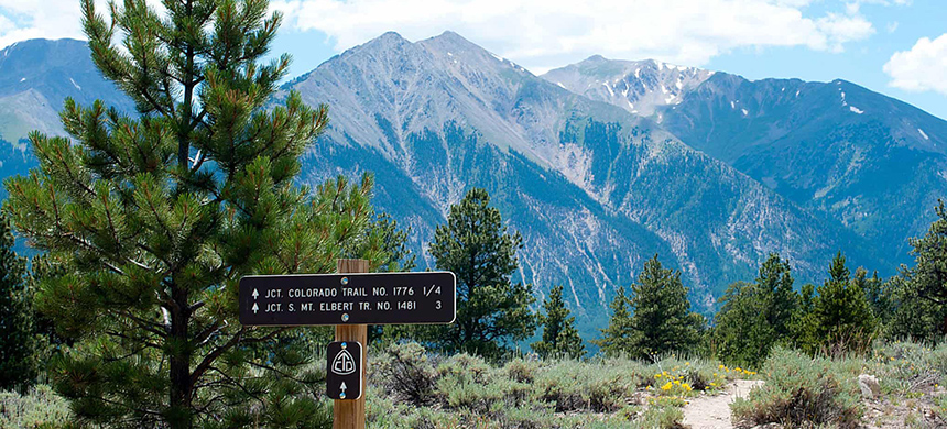 Trail markers on the trail near Colorado's highest peak, Mount Elbert, in the Rocky Mountains. (photo: Alamy)