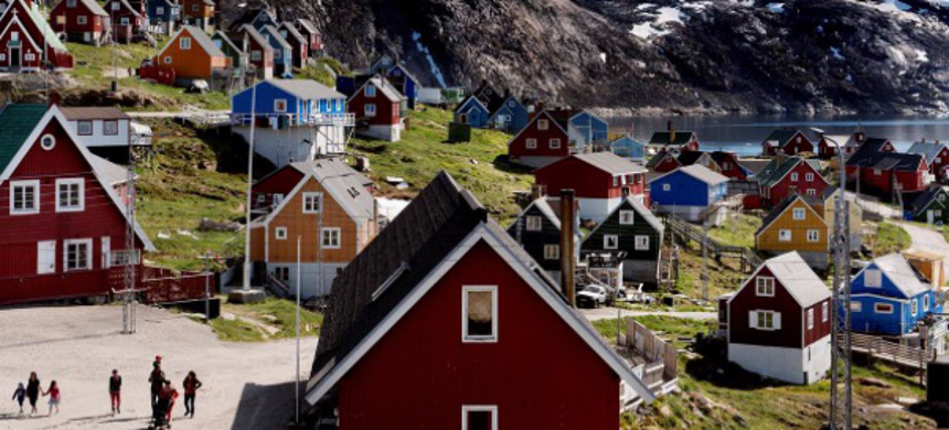 General view of Upernavik in western Greenland, Denmark, July 11, 2015. (photo: Ritzau Scanpix/Linda Kastrup/Reuters)