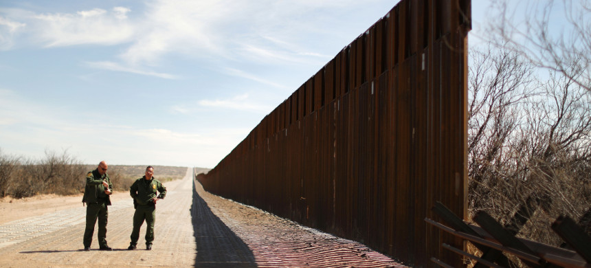 New bollard-style U.S.-Mexico border fencing is seen next to vehicle barriers in Santa Teresa, New Mexico, March 5, 2019. (photo: Lucy Nicholson/Reuters)