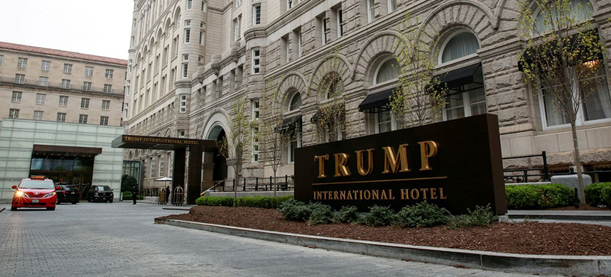 The Trump International Hotel in Washington. Trump has abandoned some of his pledges about self-restraint when it comes to his company while he is in office. (photo: Amr Alfiky/Reuters)